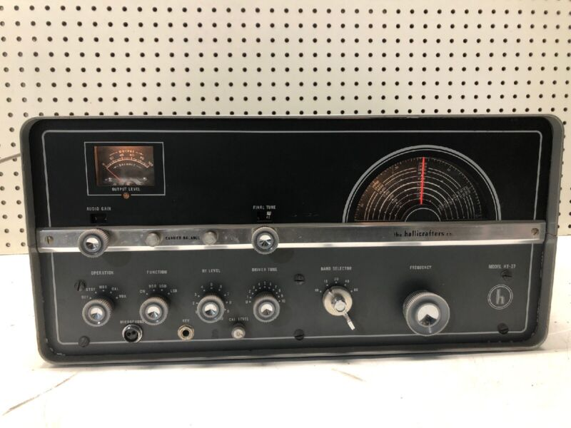Vintage Hallicrafters Model HT-37 Ham Radio Transmitter STORE DISPLAY MINT RARE