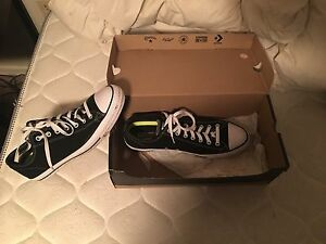 Size 11 coverse sneakers