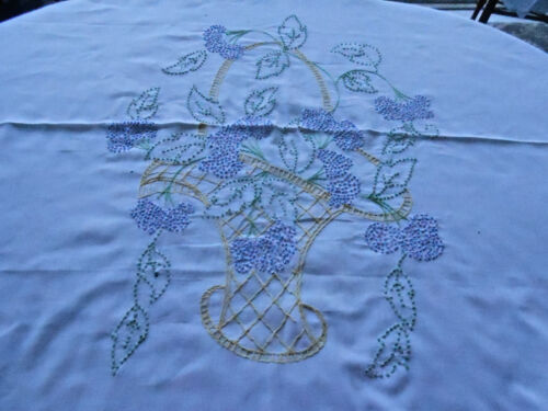 ANTIQUE WHITE OVER THE PILLOW SHAM / A FABULOUS HAND EMBROIDERED FLOWER BASKET