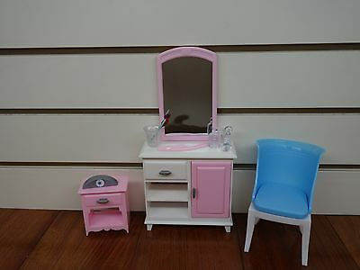 Gloria,Barbie Doll House Furniture/(24014) Bed Room & Wardrobe Play Set