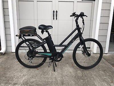 IZIP Metro  Electric Bike Pristine Condition Assembled in Atlanta area!