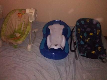 Baby stuff for sale! good condition :)