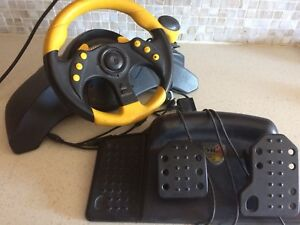 Xbox 360 Mad Catz racing wheel