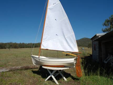 sailing boat in good condition