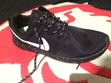 NIKE ROSHE 9.5 Helensvale Gold Coast North Preview