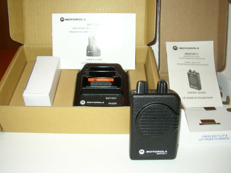 NEW MOTOROLA MINITOR V (5) VHF HIGH BAND PAGERS 159-167 MHz STORED VOICE 2-CHAN