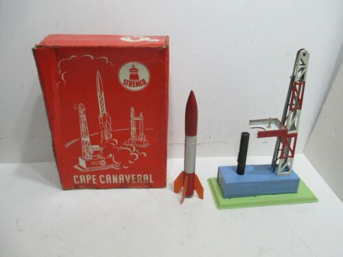 CAPE CANAVERAL MOON ROCKET LUNCH GANTRY IN ORIGINAL BOX TESTED WORKS GOOD