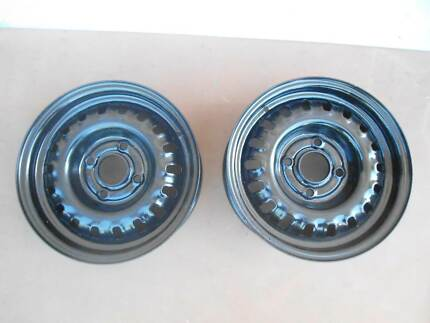 "NISSAN STEEL RIMS X 2.4 STUD.14"" X 5.5"".IN SERIOUSLY EXCELLENT Seacliff Park Marion Area Preview"