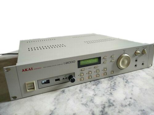 Akai S-2000 Incl. USB Floppy Emulator, OS 2.0, 1240+ Disks And Maxed RAM S2000