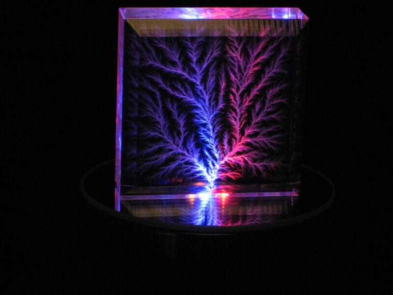 "2"" x 2"" x 3/4"" Beveled Lightning Lichtenberg Figure & Multicolor Lighted Base"