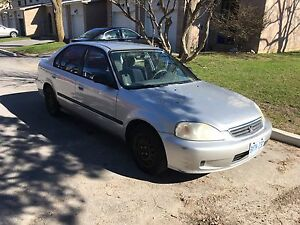 Silver Honda Civic SE 2000 As Is