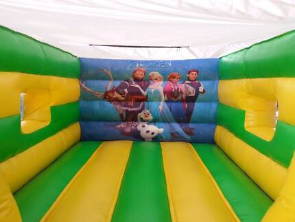 low price jumping castle hire Melbourne from $100