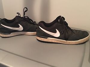 Great condition Men's size 9 Nike SB