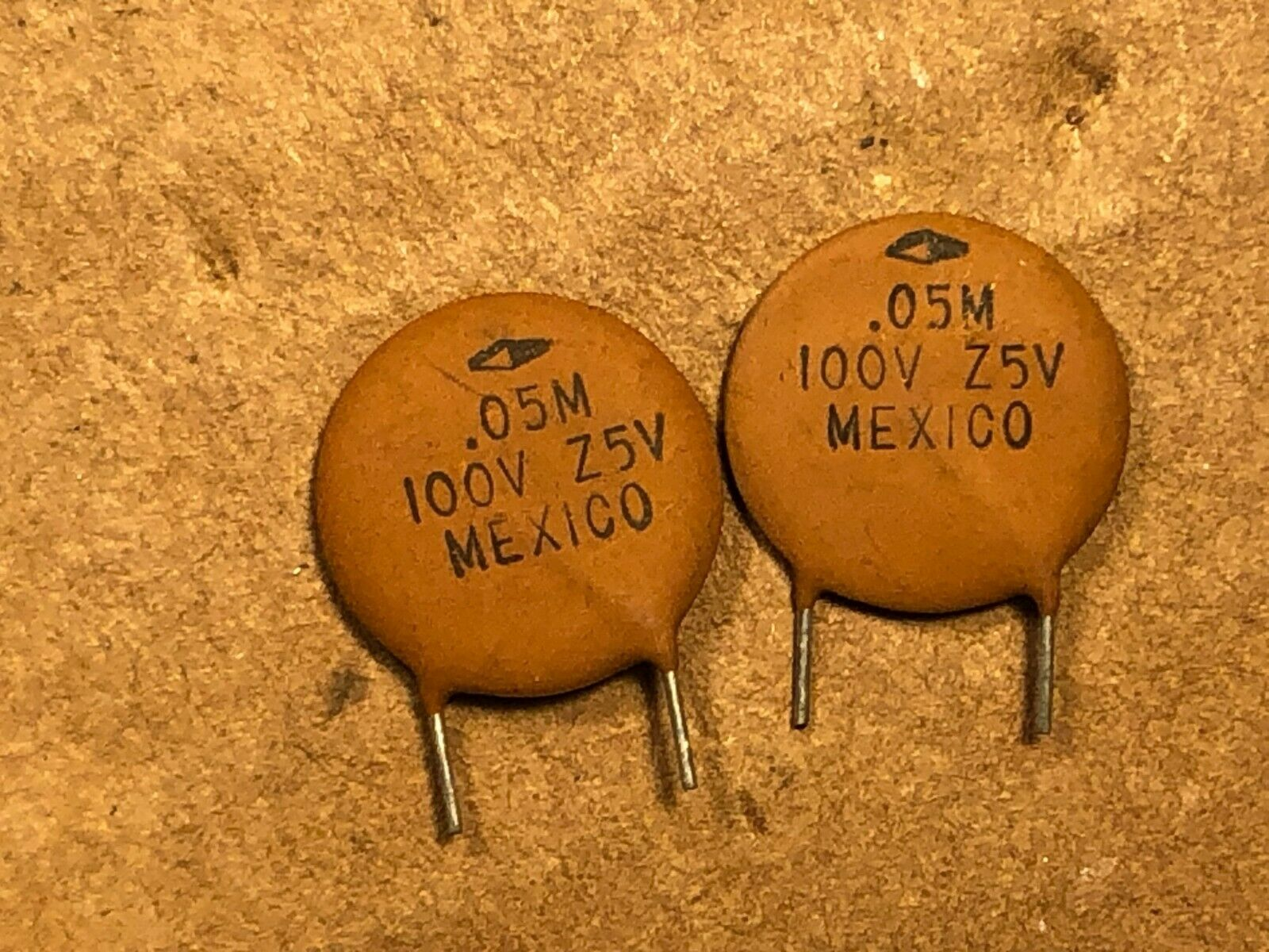 Qty NOS Vintage .005 uf 600v GREENIE Guitar Tone Capacitor Cornell Dubilier Cap