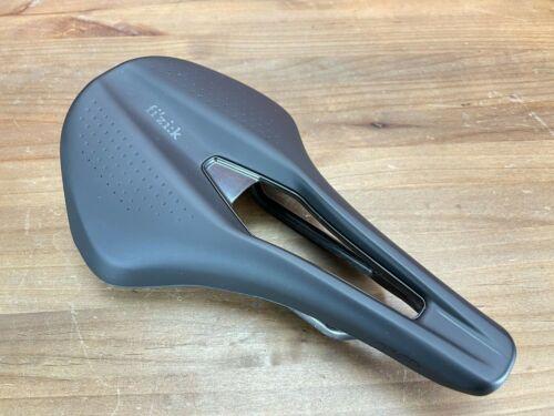 Mint! Fizik Tempo Argo R1 Carbon Rails 160mm Road Bike Saddle Black 211g