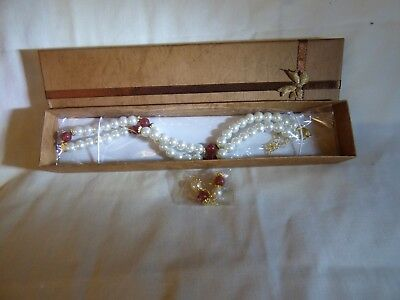 """NEW Genuine Red Carnelian & Shell Pearl 18"""" Necklace & Wire Earrings in Gift Box"""