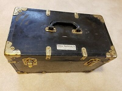 Nicholson Manufacturing Denver Vintage Veterinarian Metal Salesman Carrying Case