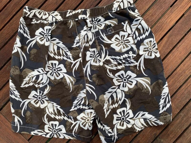 0e7961af01 Mens Large TOMMY BAHAMA RELAX Swim Suit Trunks Board Shorts Black and White  ...
