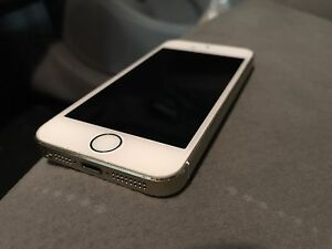 Apple iPhone 5S 16GB Rogers / Chatr Gold
