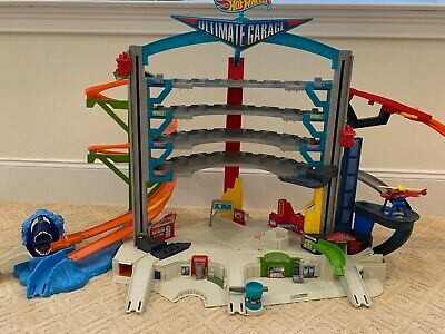 HOT WHEELS ULTIMATE GARAGE PLAYSET - PICK UP FROM NEW JERSEY ONLY - NO SHIPPING