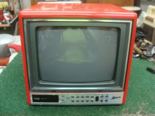 """Vintage Red Zenith Portable 9"""" CRT Retro Gaming TV - Model D0920D - working"""