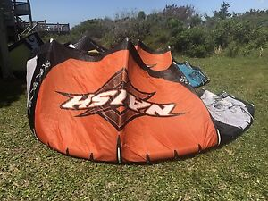 Naish Torch 8m kite kites kiteboarding kitesurfing kiteboard