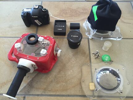 Custom Dave Kelly underwater housing for canon 7D Avalon Pittwater Area Preview