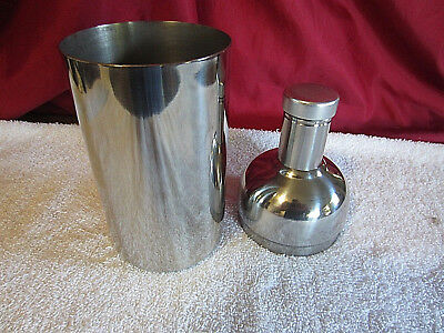Vintage ABSOLUT VODKA Cocktail Shaker Stainless Steel Classic Bottle Shape
