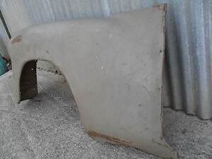 HOLDEN  FJ  MUD  GUARD  LEFT  SIDE Richmond Hawkesbury Area Preview