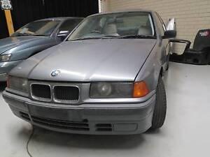 BMW 318i  1995 sedan Booragoon Melville Area Preview