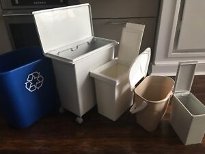 [Moving Sale] A Set of Five Garbage Bins