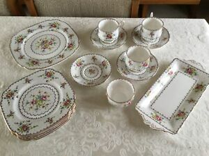 BONE CHINA   pettipoint by ROYAL ALBERT