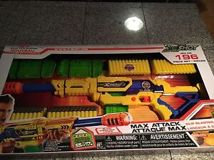 X-Shot 196 Pieces Max Attack Brand New