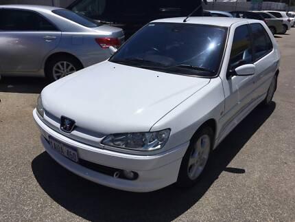 2000 Peugeot 306 XSI Auto Hatchback $2499 Beckenham Gosnells Area Preview