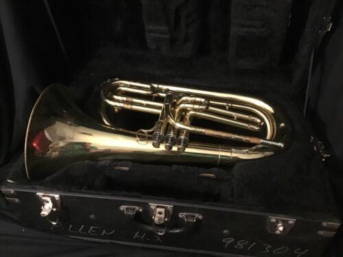 Bach Marching Baritone 1106 w/Hardshell Case