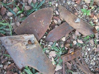 Original Primitive Vintage Cast Iron Garden Plant Plow Cultivator Wheel Rake
