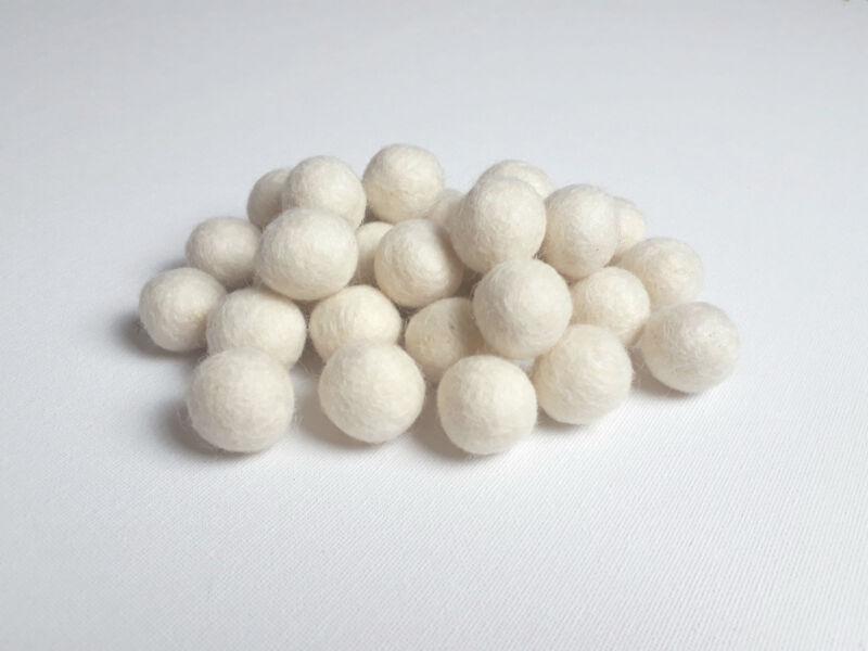 White+Felt+Balls+Ivory+2cm+x+20+Handmade+Wool+Pom+Poms+Crafts+Sewing+Christmas+