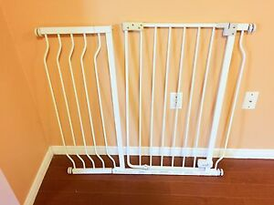 Infant Sure and Secure Walk-Thru Gate