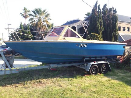 21ft Blaxell Daytona Custom Fishing Boat - Twin 85hp Yamaha o/b Woodvale Joondalup Area Preview