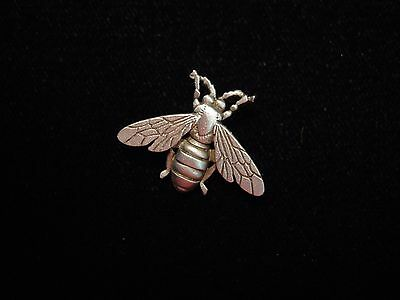 Jj  Jonette Jewelry Silver Pewter Detailed Full Winged Bee Tac Pin