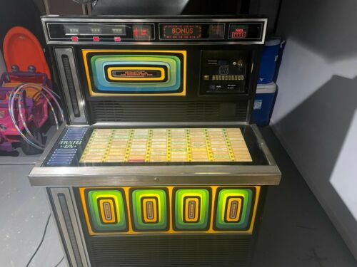 Rock-Ola Mystic 478 Jukebox (Needs Work) - W/Collection of Records