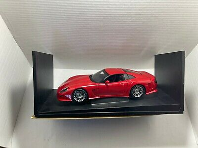 Auto Art 1:18 Die Cast Metal Car Callaway Chevrolet Corvette Red