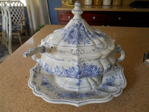 Vintage Ceramic Blue And White Large Soup Tureen with Ladle ITALY