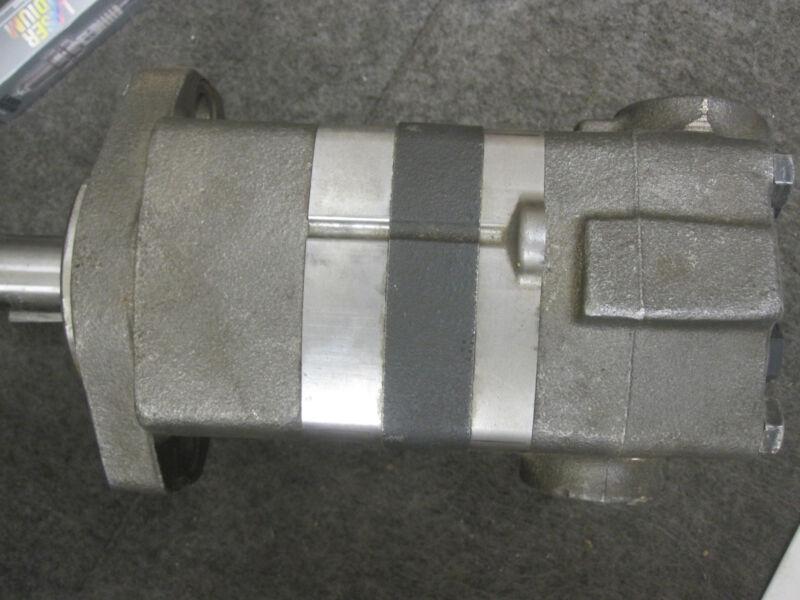 104-1571-006 EATON CHAR-LYNN HYDRAULIC MOTOR