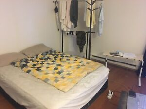 Bachelor apt close downtown &university(775) only before Feb 28