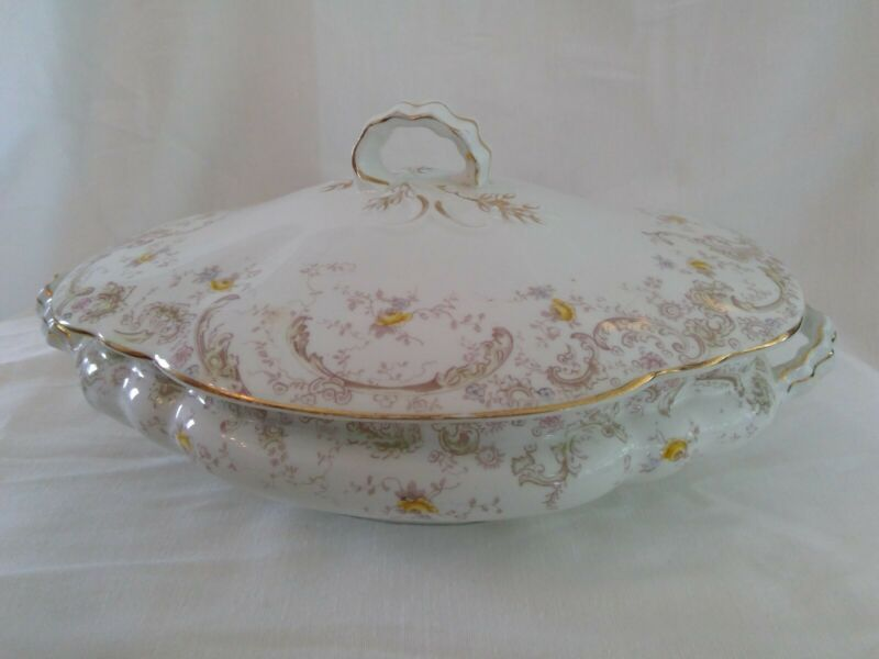 HENRY ALCOCK COVERED VEGETABLE DISH SEMI PORCELAIN, STELLA IMPRINT GOLD YELLOW