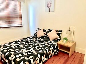 Clean and cozy inner CBD private room all bills included