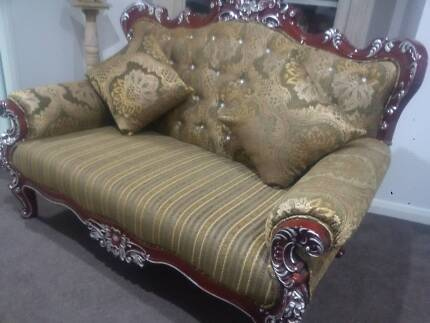 Baroque Style LOUNGE 3 Seat, Ornate, New INCLUDING OTTOMAN
