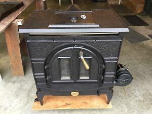Vermont Castings Wood Stove (Dutch West Consolidated)