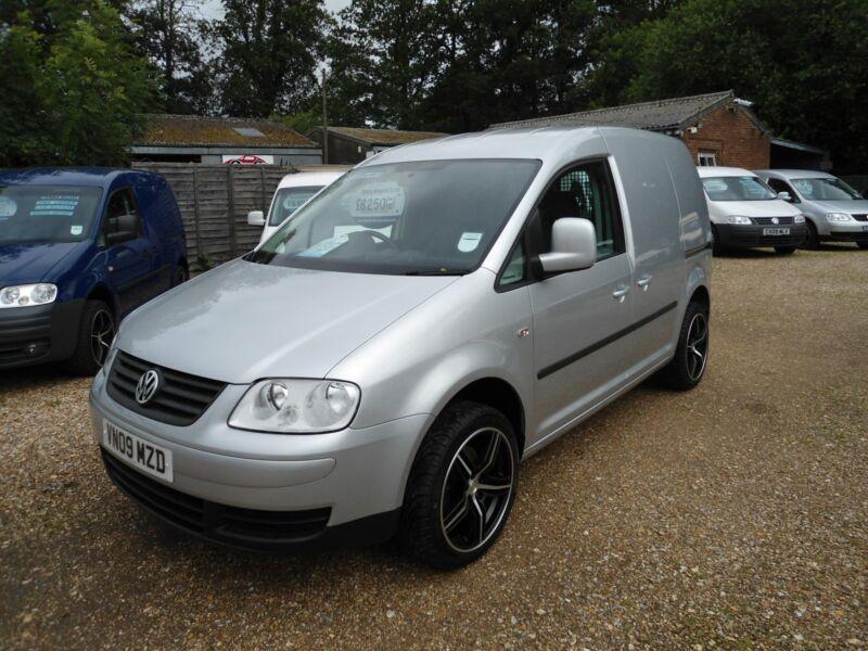 Russell Cooper Low Mileage Cars and Vans - Used Car Sales  Used Cars Dealer  Newbury Berkshire